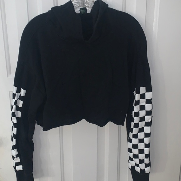 Black cropped checkered hoodie
